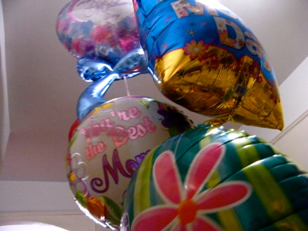 ballons_for_mommy